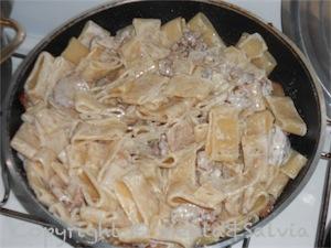 pasta-funghi-salsiccia-5