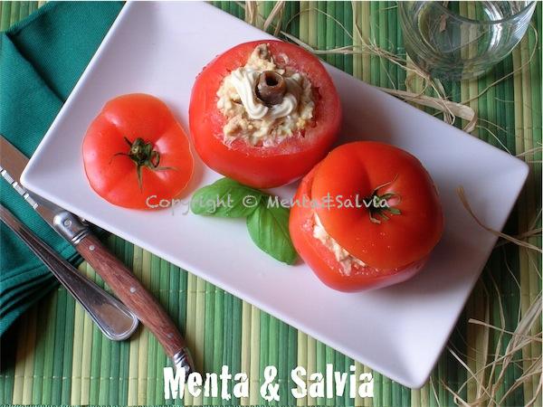 pomodori-ripieni-di-tonno