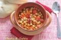 Ceci al pomodoro con curry e peperoncino